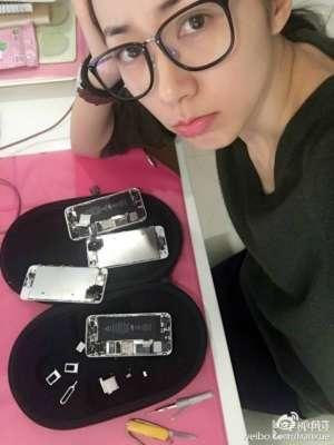 韩雪再拆安卓手机 蒙眼拆装手机简直了!